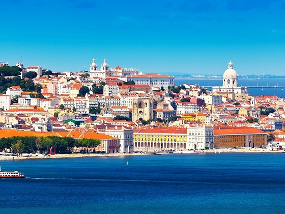 Lisbon-View from the bay